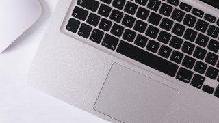 【ASUS VivoBook X540LA】ノートパソコンを必要最低限の機能でいい方にはおすすめ!