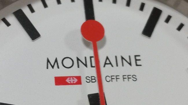 モンディーン「エヴォA658.30300.11SBB」秒針
