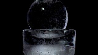 自宅の水道水で「透明な丸い氷」を作れる製氷機を発見した!!