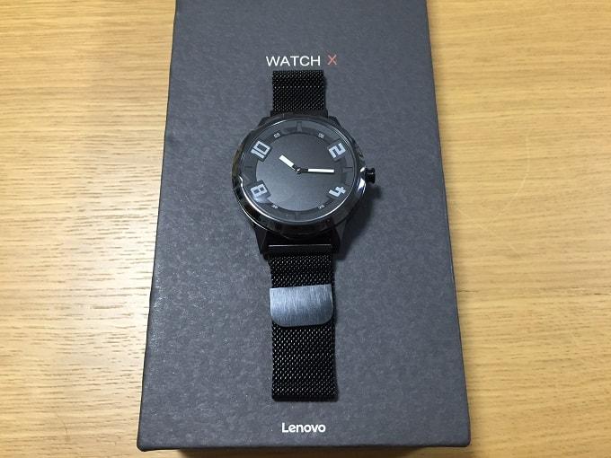 Lenovo Watch X 正面からの画像