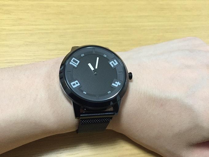Lenovo Watch X 装着画像正面